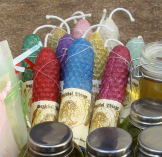 Handmade candles © Marjorie Dulaney